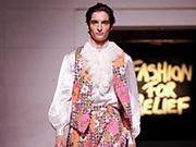 2020?#21512;?#20262;敦《Fashion For Relief》男装发布会