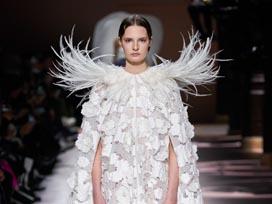 2020春夏巴黎《Givenchy》高级定制女装发布会