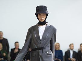 2020-2021秋冬乌克兰《IDOL》女装发布会