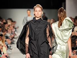 2020-2021秋冬里斯本《Kolovrat》女装发布会