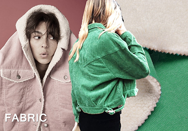18/19秋冬灯芯绒无疑成为爆款单品之一,其在色彩上有突破进展,焦糖色、里约红与王朝绿色系等都被运用到灯芯绒及其复合面料上,让其更加展示潮流出彩的一面,无论是短款夹克还是长款大衣,都可以研发运用。