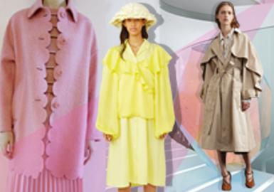 在19/20秋冬季的淑女風格女裝中,運用大量的量化設計,如:波浪感的荷葉邊附片、花瓣狀的袖口與裙擺設計、前中的量感堆疊設計、寬松感的服裝袖型、百褶設計等,增加服裝的層次感,且也有運用扣子的大小變化增加服裝的趣味性視覺感受,密集的珠片裝飾在服裝中,增加服裝的細節亮點,顏色上還會引用漸變色調,讓淑女風整體感受靈動、輕松、柔美。