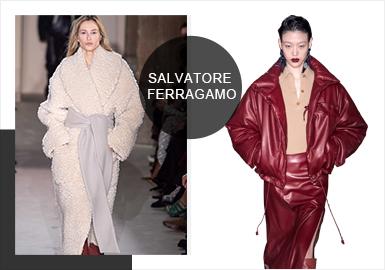 2019秋冬系列关注在色彩理论、皮革的多功能性和对廓形的研究,Salvatore Ferragamo致力于建立一个新的精妙群体,将独一无二的意式时尚传递给全世界的观众。