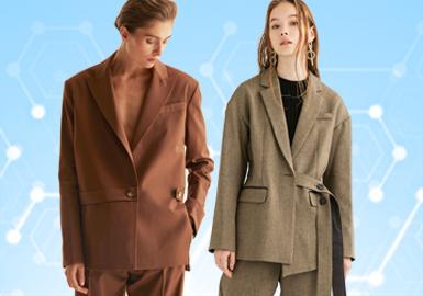 基于POP用户下载互动数据,综合评选出女装西装单品TOP热榜。在近一个月榜单中整体风格分为简约中淑、时尚休闲以及新锐设计三个风格,其中简约中淑受客户关注度最高。廓形以基础的H型为主。工艺上拼接和抽绳为主要工艺手法,解构工艺作为西装上的新兴工艺也受到客户的关注。