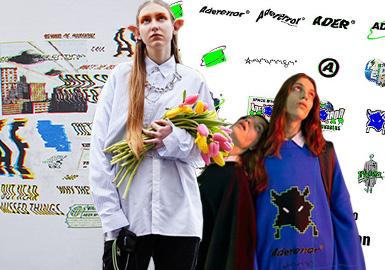 """2014年创立的ADER error品牌以充满天马行空的想象力构思年轻人的穿衣风格,立刻吸引了众人的目光。ADER error没有太过于复杂或浮夸的设计,仅仅是简单的卫衣针织衫和大衣将他们重新调整并赋予全新的概念。本季主题以人类和外星人Vader共同中央政府发表了旨在显示两个种族顺畅沟通单的新语言""""ARIAN""""。语言学家和Vader将人类实际使用过的语言和古代文字重新编辑,创造出了共同语言""""ARIAN"""",它是人类和Vader沟通而设计的。"""