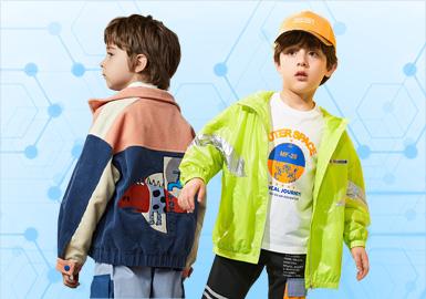 基于POP用户6-8月针对男童夹克款式下载量进行数据分析,综合评选出男童夹克TOP热榜。其中时尚休闲占41%位居风格榜第一,其次是日韩风格占22%,户外运动以及新锐设计师风格均有上升,字母和动物在男童夹克中仍然是比较关键的图案元素,另在工艺上拼接以37%的占比位居第一,绣花、贴布相对均衡紧随其后。