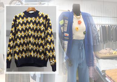 杭州四季青批发市场女装毛衫20/21秋冬的款式,以亮彩的颜色运用为重点,多工艺结合依旧是市场更为流行的手法。将贴布、珍珠、花卉、菱格、卡通形象、等元素通过刺绣、提花、钉珠以及针法等工艺做精细的展现,将丰富多元的设计元素做精致且巧妙的糅合,展现更加多变的毛衫风格。